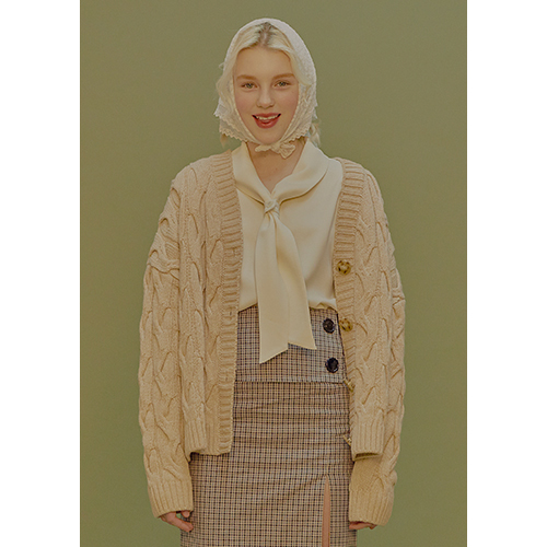 cable knit cardigan (beige)